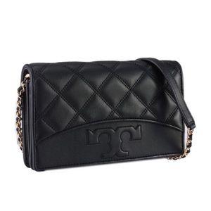 NWT! Tory Burch Savannah Chain Flat Wallet Bag